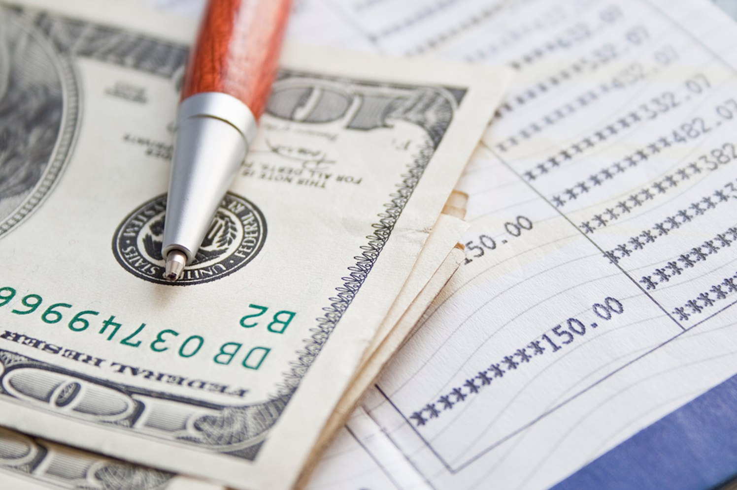 How to Pay Employees When You Can't Make Payroll